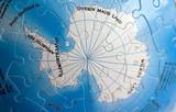 world 3d puzzle: south pole poster