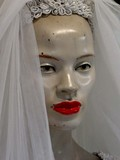 mannequin mariée en voile poster