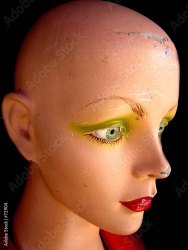 poster of mannequin aux yeux verts