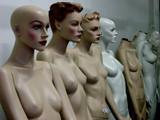 mannequins avec et sans têtes poster