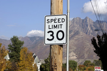 speed limit 30