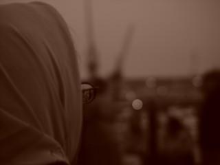 muslimischer brillen blick