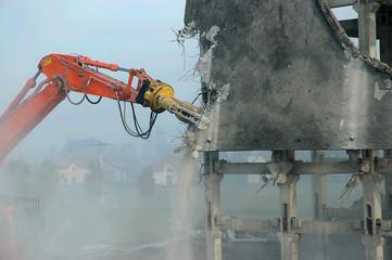 dismantling digger arm