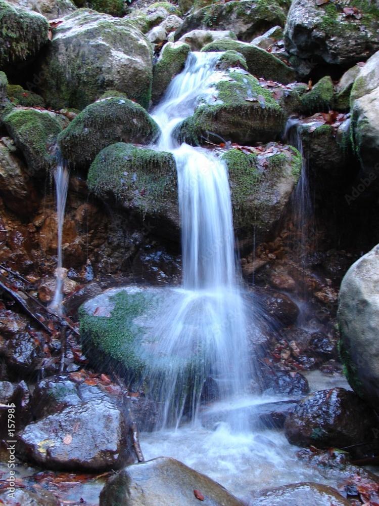 wodospad jesień kamień - powiększenie