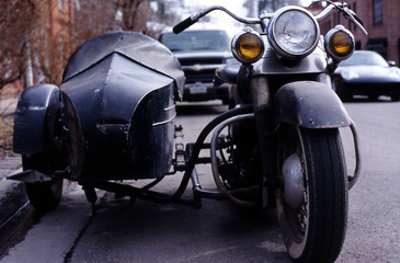 moterbike with side car