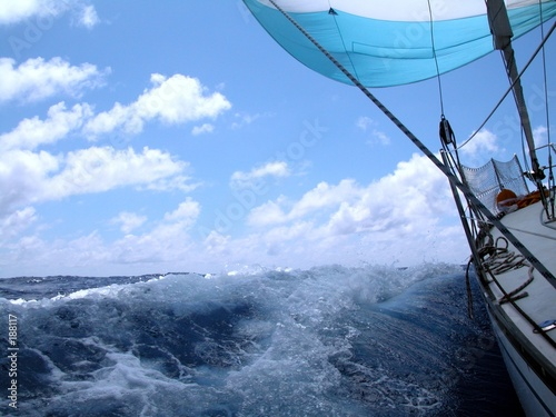 canvas print picture sailing with wind