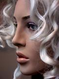 blonde de près poster