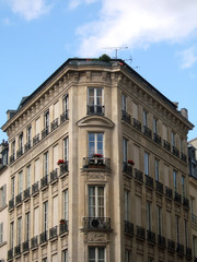 angle d'un immeuble parisien