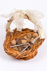 nut basket