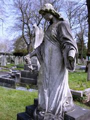 graveyard28