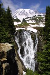 myrtle falls and mount rainier