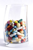 nature morte aux medicaments poster