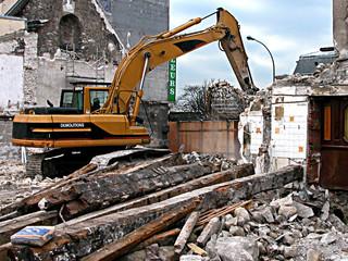 engin de démolition