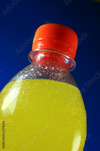 flasche mit limonade