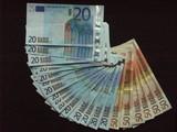 500 euros poster
