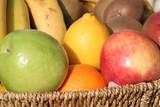 corbeille de fruits poster