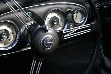 oldtimer-cockpit