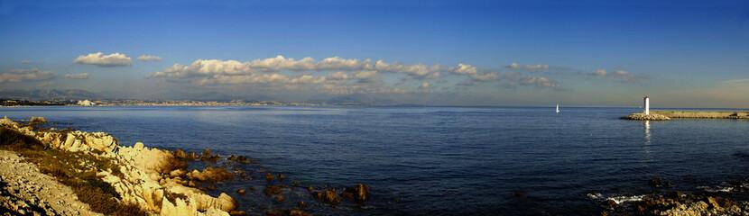 la baie de cagnes sur mer, côtes d'azur, france.