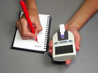 recording glicaemia
