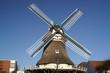 Leinwanddruck Bild - windmühle im querformat