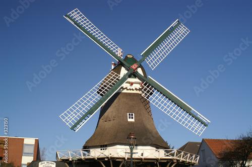 Leinwanddruck Bild windmühle im querformat
