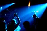 tänzer im underground-club/disco poster