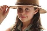portrait au chapeau poster
