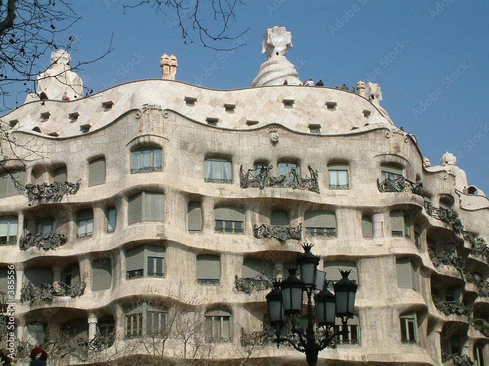 secesja barcelona apartamentowiec - powiększenie