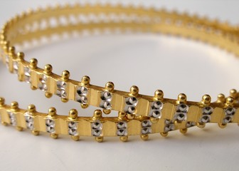 gold bangles v