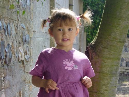 petite fille aux couettes de nadia lasnier photo libre de droits 458547 sur. Black Bedroom Furniture Sets. Home Design Ideas