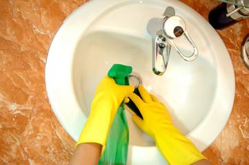 housekeeping: cleaning the bathroom