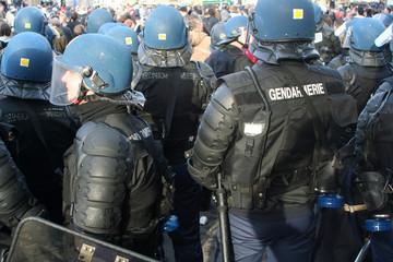 manifestation, policier, gendarme.