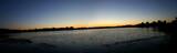 couché de soleil sur lac près de kiev poster