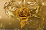gold gift wrapping