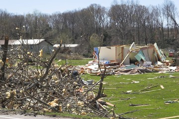 tornado damage ky 1n