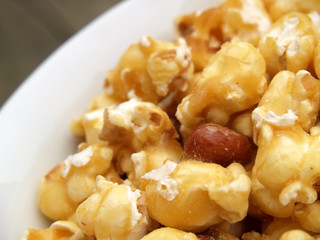 bowl of caramel popcorn