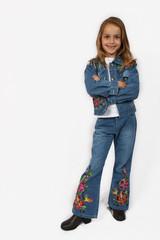 posing young girl