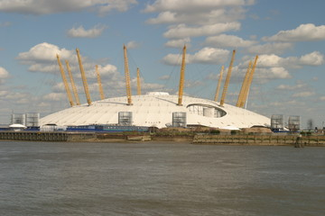 view south across the river to the millennium dome
