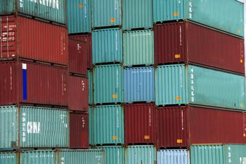container in rot und grün