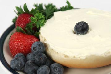 bagel & fruit closeup