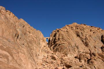 arcade dans la montagne