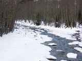 winter mountalin stream 1