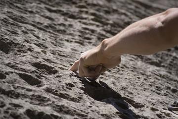 grimpeur - main : mono