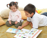 Fototapete Bücher - Schularbeit - Familie
