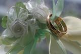 wedding rings - 4 poster