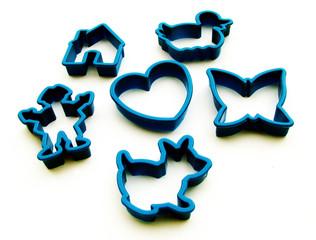 cake shape utensils