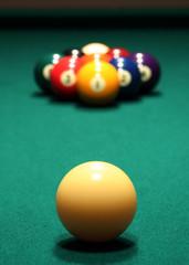 9 ball rack of billiard balls