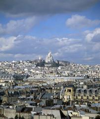 sacre coeur on the paris skyline