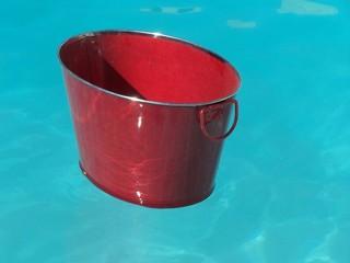 bucket bis