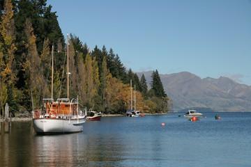 queenstown boats